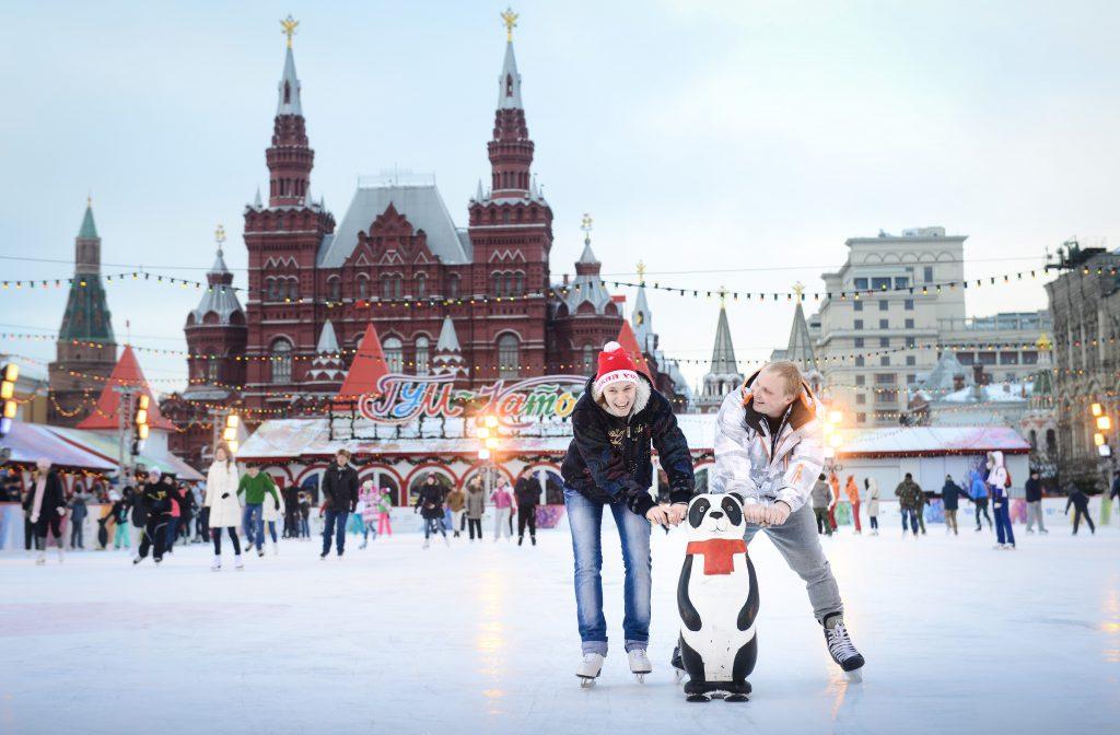 Вход на катки Москвы станет бесплатным на один день
