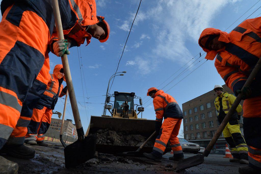Ямочный ремонт дорог организуют в Рязановском