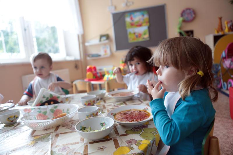Власти Москвы при выборе поставщика детского питания предпочли прямого производителя