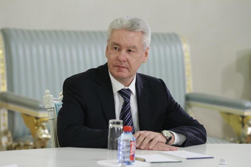 Собянин учредил гранты победителям международных олимпиад школьников