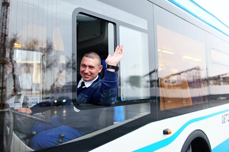 Новый полуэкспрессный автобусный маршрут свяжет шесть линий метро