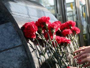 Москва вспоминает жертв терактов на станциях метро «Лубянка» и «Парк культуры»