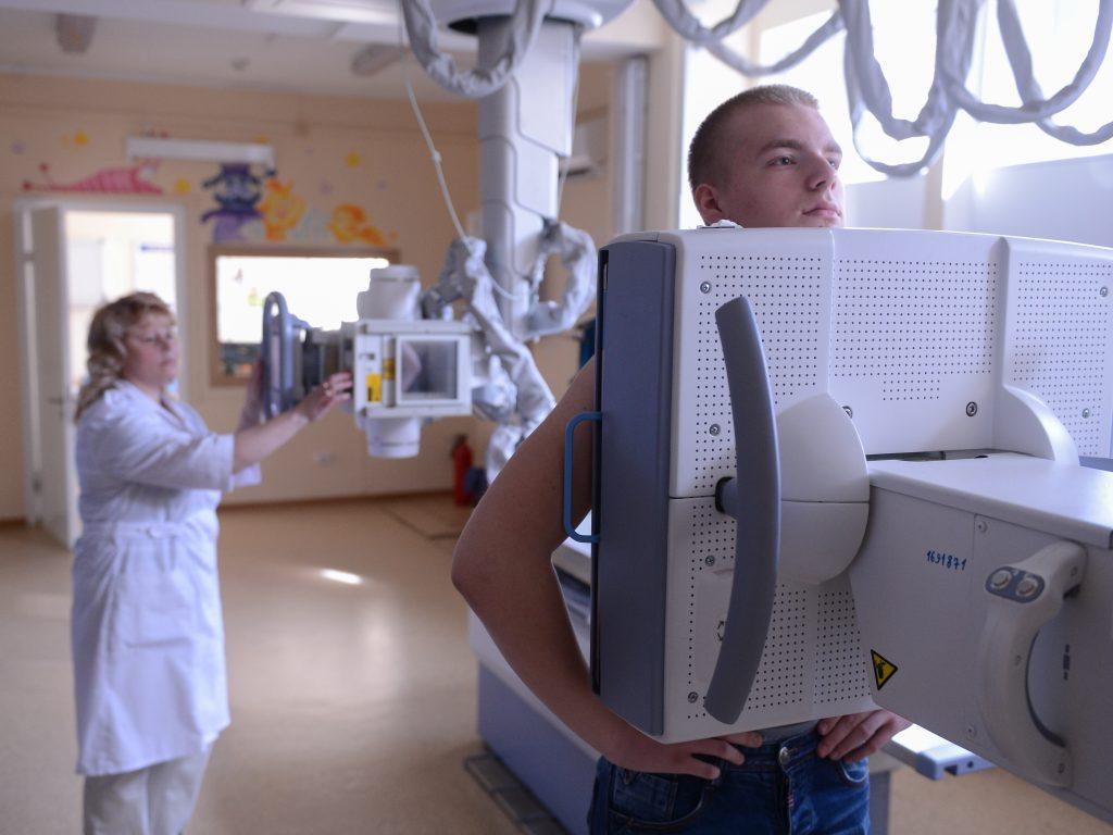 Бесплатно проверить легкие можно в пяти больницах ТиНАО. Фото: Дмитрий Рухлецкий