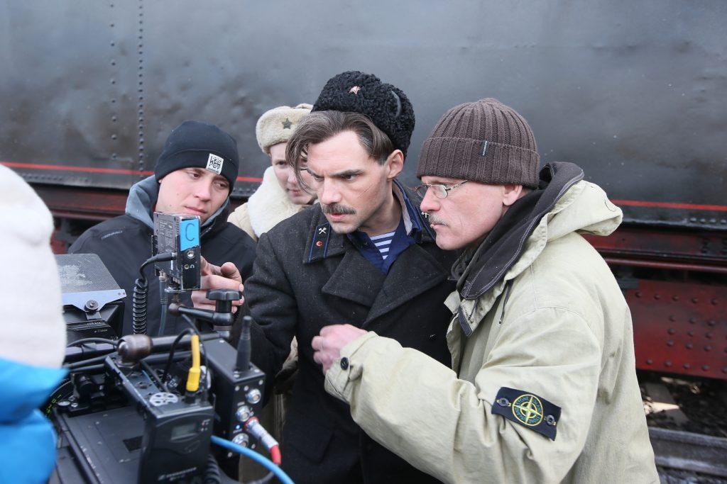 Война и искусственный снег: в Щербинке снимают фильм