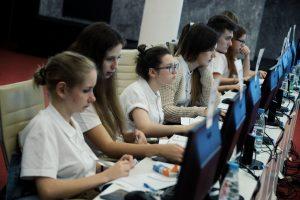 """Не меньше 10 тысяч новых рабочих мест появится в Новой Москве в 2017 году. Фото: архив, """"Вечерняя Москва"""""""