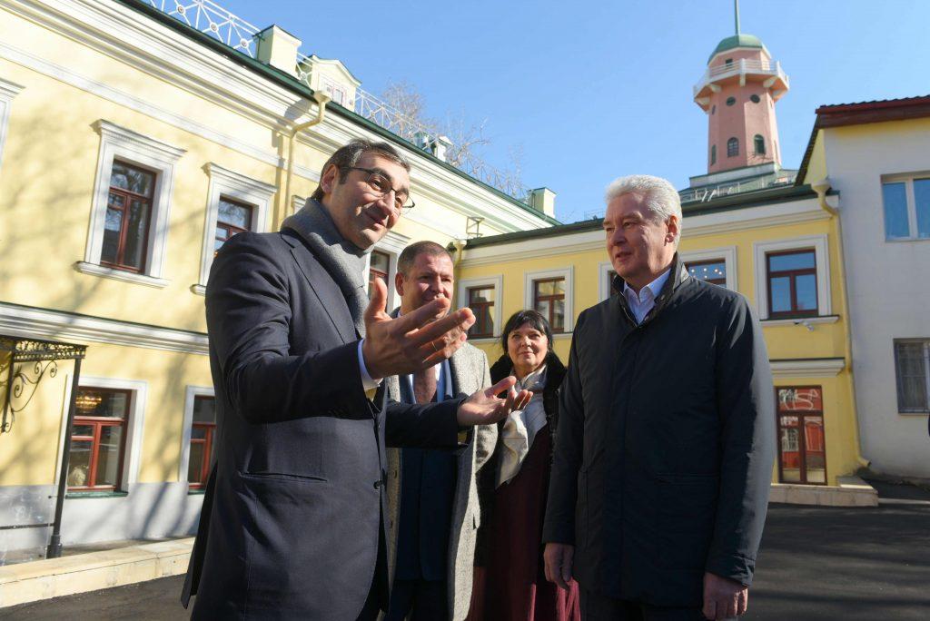 Собянин: Большая часть объектов в Москве реставрируется инвесторами