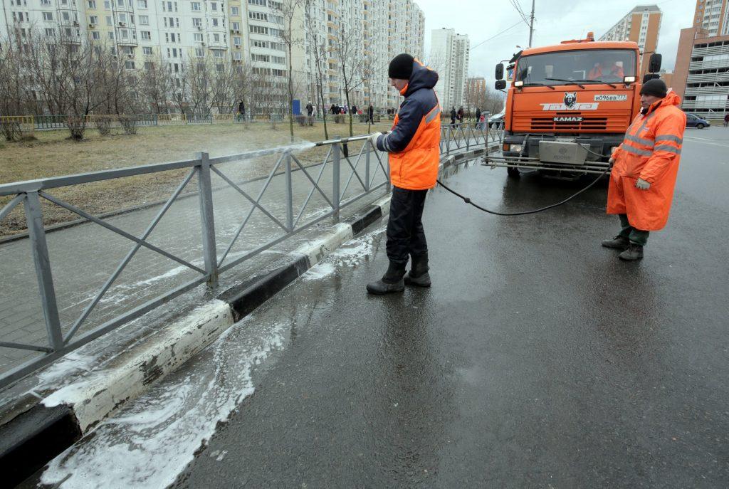 Московское метро привлечет 30 тысяч сотрудников для месячника уборки
