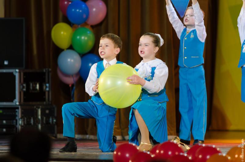 Детский ансамбль «Радость» поздравит известного композитора с юбилеем