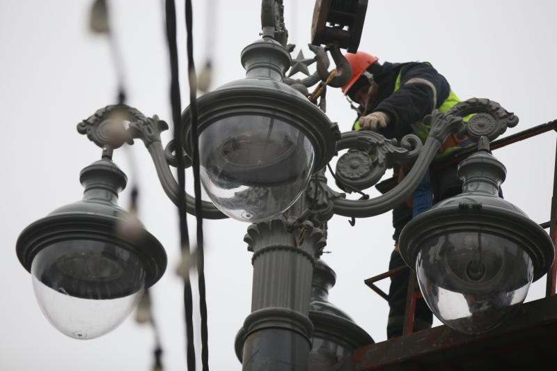 """Освещение в микрорайоне «Новомосковский» подключат в мае. Фото: архив, """"Вечерняя Москва"""""""