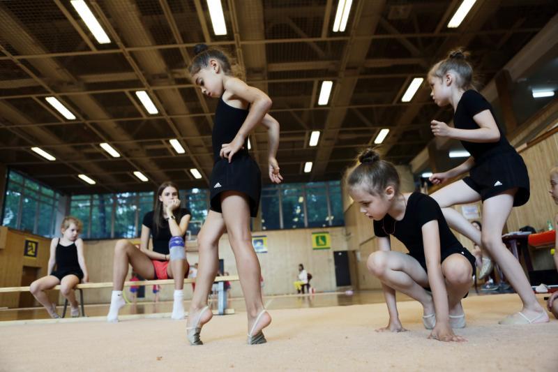Щербинские гимнастки выступят на городских турнирах