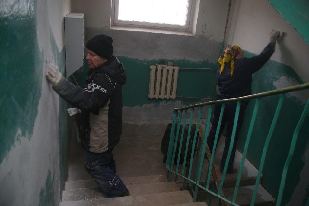 Ремонт подъезда в доме поселения Киевский подходит к завершению