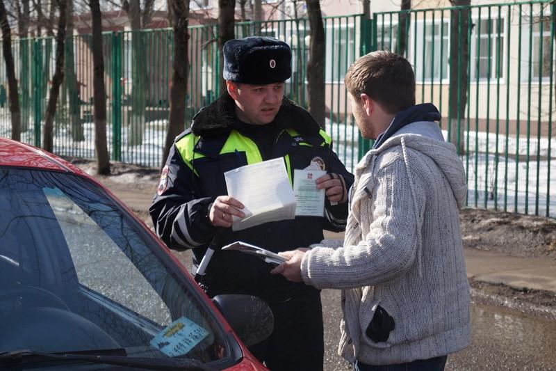 В Новой Москве сотрудники Госавтоинспекции задержали подозреваемого в угоне