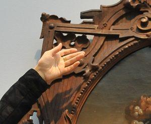 В центре Москвы разыскивают украденные картины XIX века