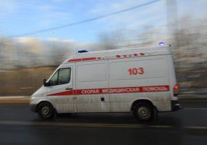 Женщина выжила после падения с пятого этажа на юго-востоке Москвы