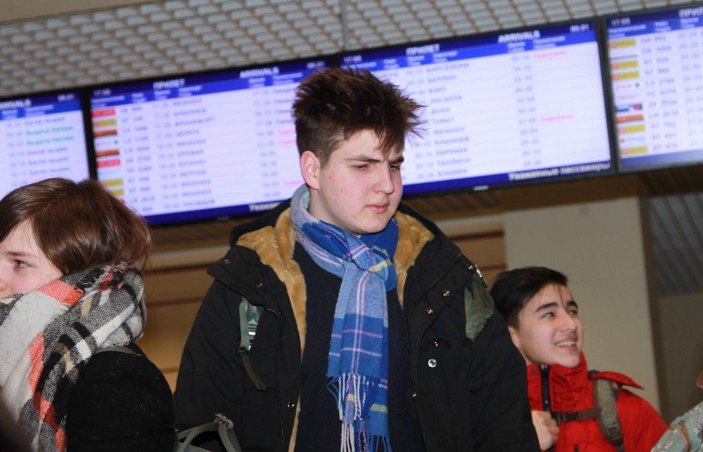 Три аэропорта Москвы отменили и задержали 15 вылетов