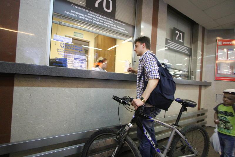 Новые электропоезда ЦППК оснастили местами для провоза велосипедов