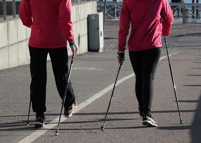 Всеобщие занятия по скандинавской ходьбе проведут в Марушкинском
