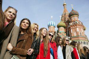 В Москве проведут бесплатные экскурсии «Пешком по эпохам»