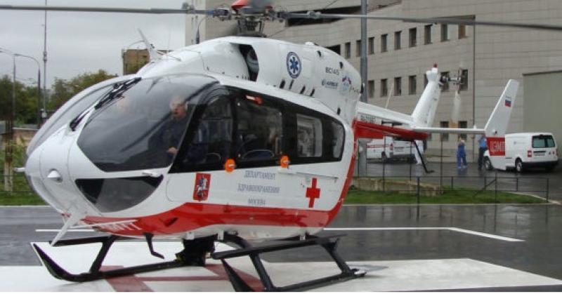 Вертолет эвакуировал грудного ребенка после аварии