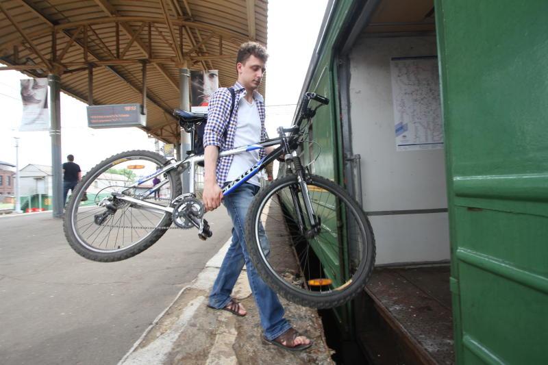 Городской транспорт вернулся к штатному режиму работы после урагана