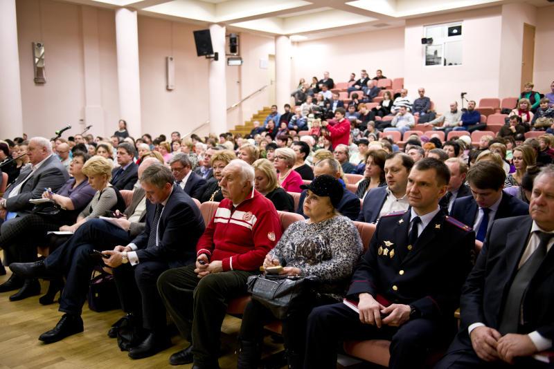 Вопросы благоустройства и молодежной политики обсудят новомосквичи с главами администраций