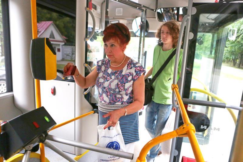 Дептранс: свыше семи миллионов человек ежедневно пользуются наземным транспортом