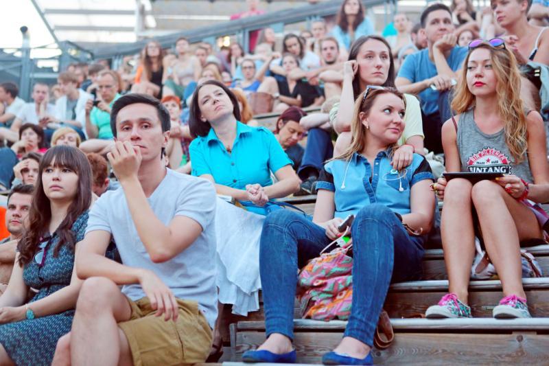 """В 11 парках Москвы летом будут проводить бесплатные регулярные кинопоказы. Фото: архив, """"Вечерняя Москва"""""""