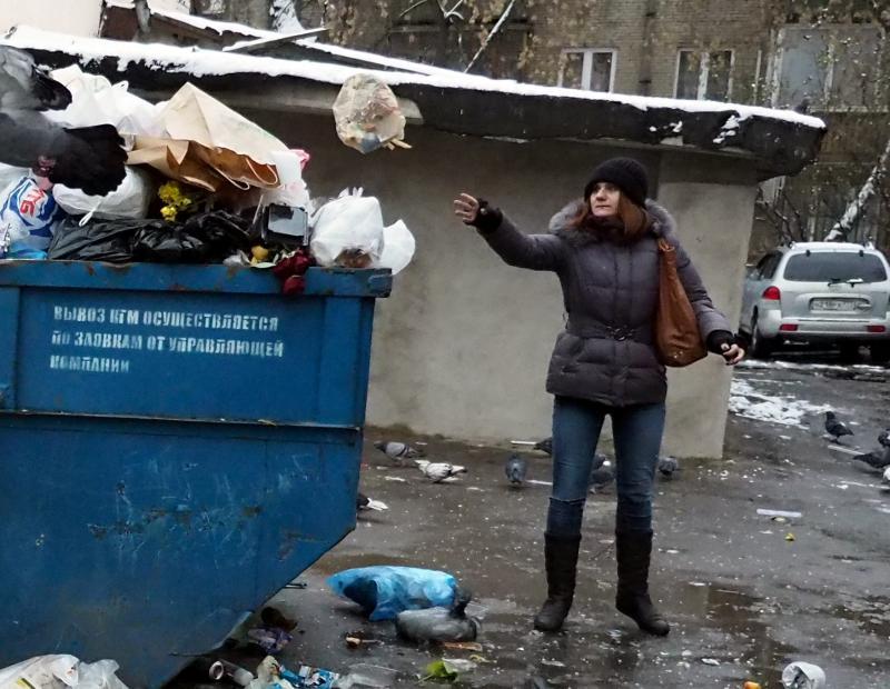 Совет депутатов Щербинки разобрался с проблемой «летающего» мусора