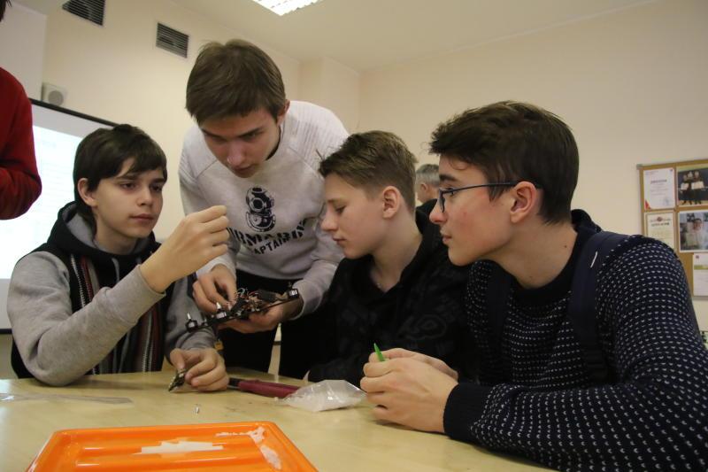 Москвичи выберут кружки и секции для школьников в новом учебном году