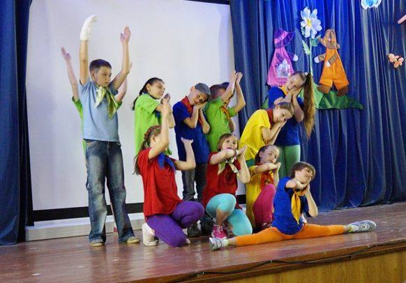 Воспитанников «Молодой гвардии» поздравили с Днем защиты детей
