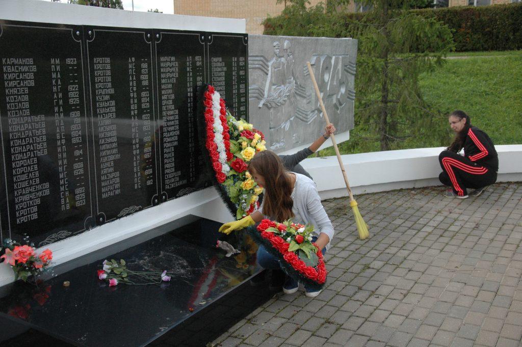 Памятники погибшим воинам в Великой Отечественной войне приведут в порядок в Михайлово-Ярцевском