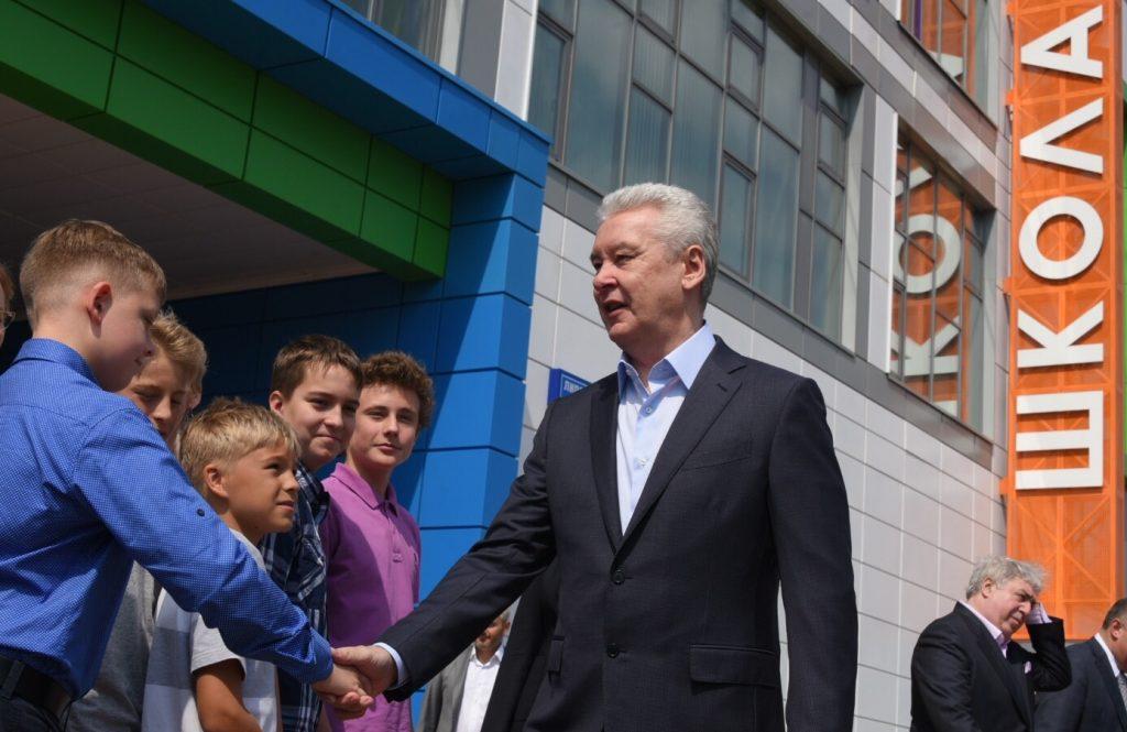 Мэр Москвы Сергей Собянин в ходе осмотра школы№2070