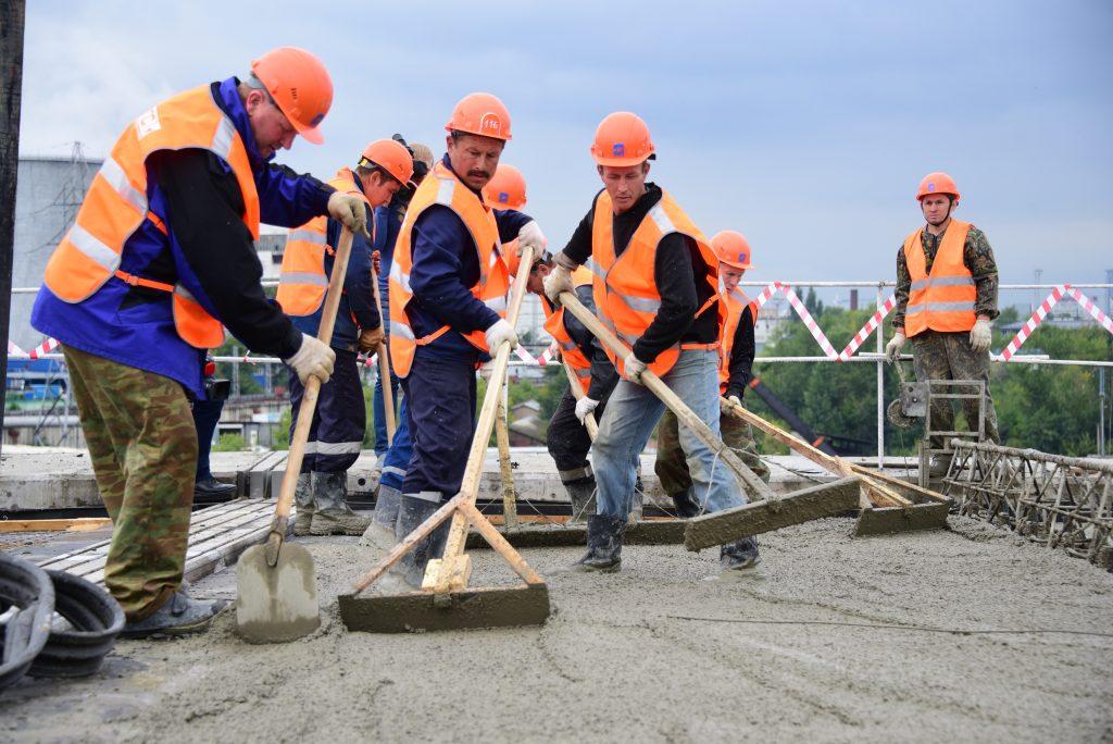 Более четырех тысяч выездов с проверками строительных объектов провели специалисты