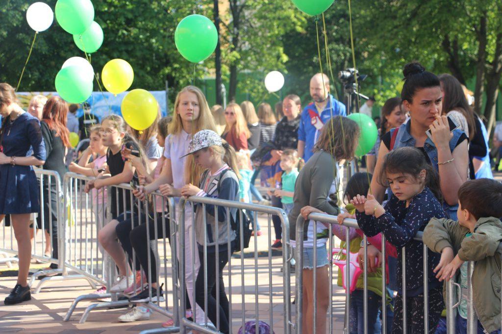 Фестиваль «Наше время»: День молодежи и юбилей округов отпраздновали в Коммунарке