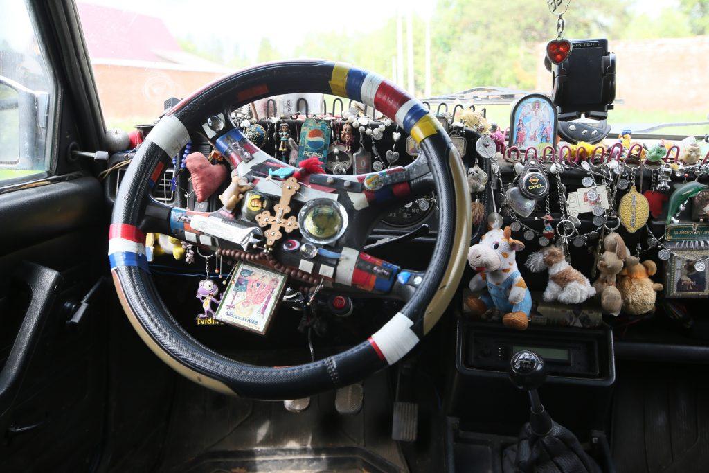Машина тоже превратилась в музей. Фото: Виктор Хабаров
