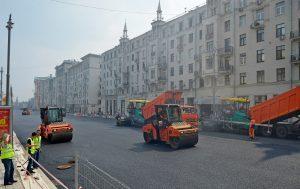 Столичная инфраструктура постоянно обновляется. Фото: Александр Казаков