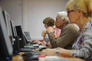 Число пенсионеров в Московском регионе ежегодно растет на 300 тысяч