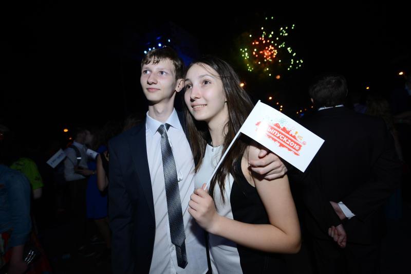 Выпускной в Парке Горького отпразднуют более 18 тысяч школьников