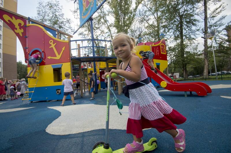 Детские площадки обустроят в Первомайском до конца лета