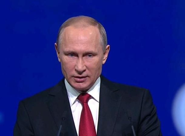 Президент России Владимир Путин заявил о поддержке программы реновации в столице