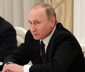 Владимир Путин утвердил поправки к Трудовому кодексу России