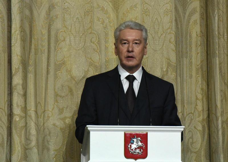 Сергей Собянин запустил прямой эфир с ответами на вопросы москвичей