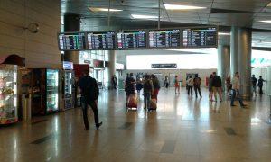 В аэропортах Москвы отменено и задержано свыше 40 рейсов