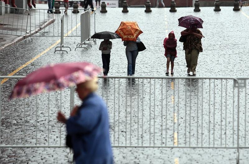 До вечера пятницы в Москве ожидаются дождь и гроза