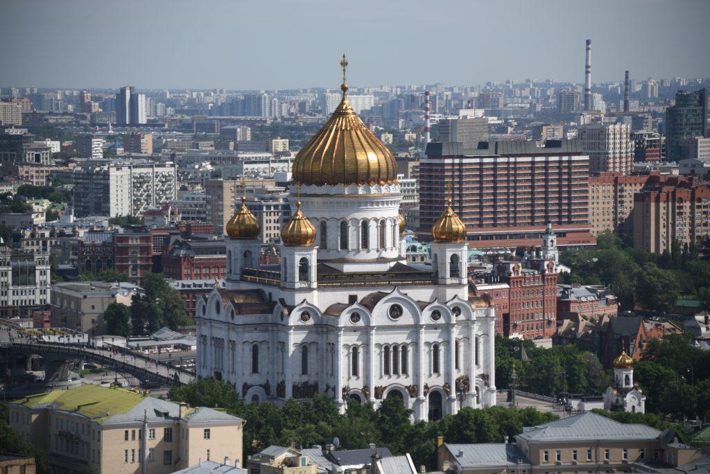 Всего за день мощам Николая Чудотворца в Москве поклонились 64 тысячи человек