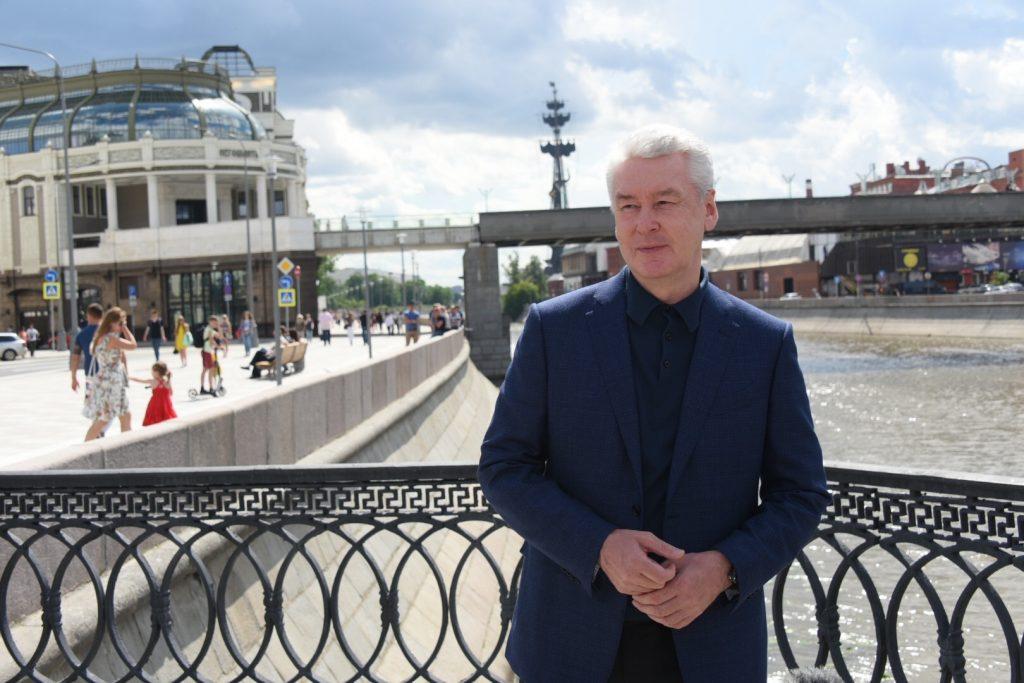 Собянин открыл Якиманскую набережную после благоустройства
