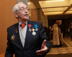 Мэр Москвы поздравил Василия Ливанова с днем рождения