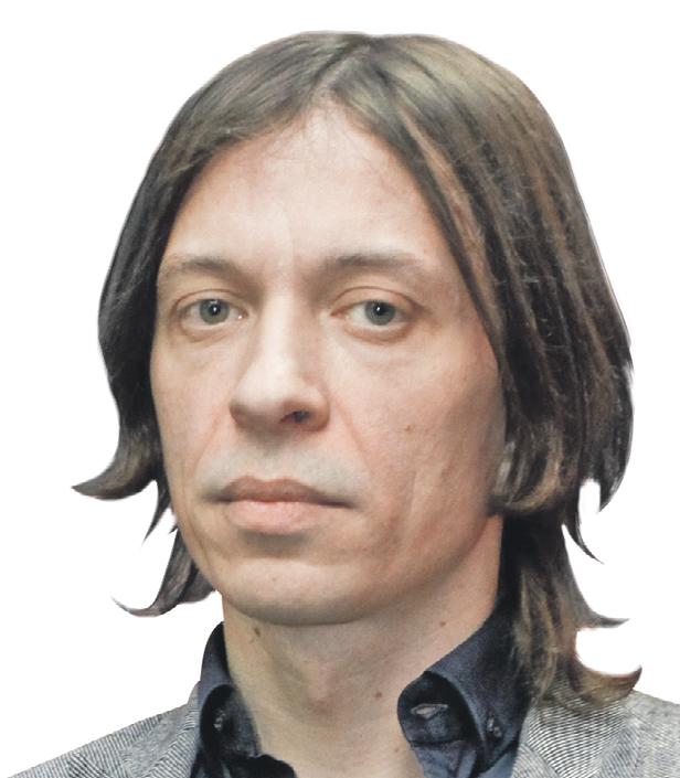 Певец Найк Борзов свою сольную карьеру начал в 1992 году.