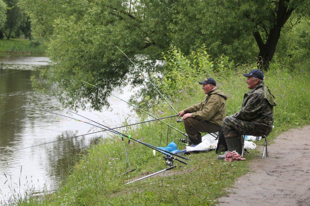 Рязановское. Соревнование по рыбной ловле. Фото: Владимир Смоляков