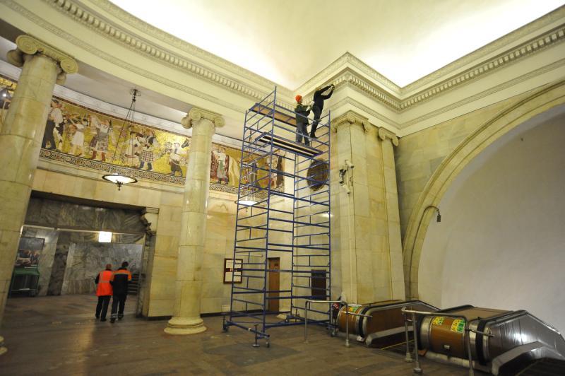 Эскалатор станции метро «Киевская» закроется на ремонт